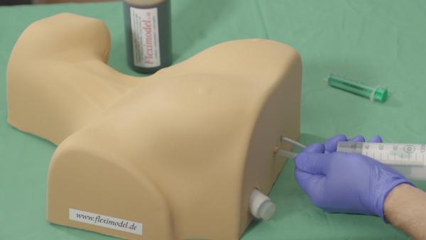 Punktionsthorax - Trainingsmodell für ZV Zugänge - Pneumothorax Entlastung